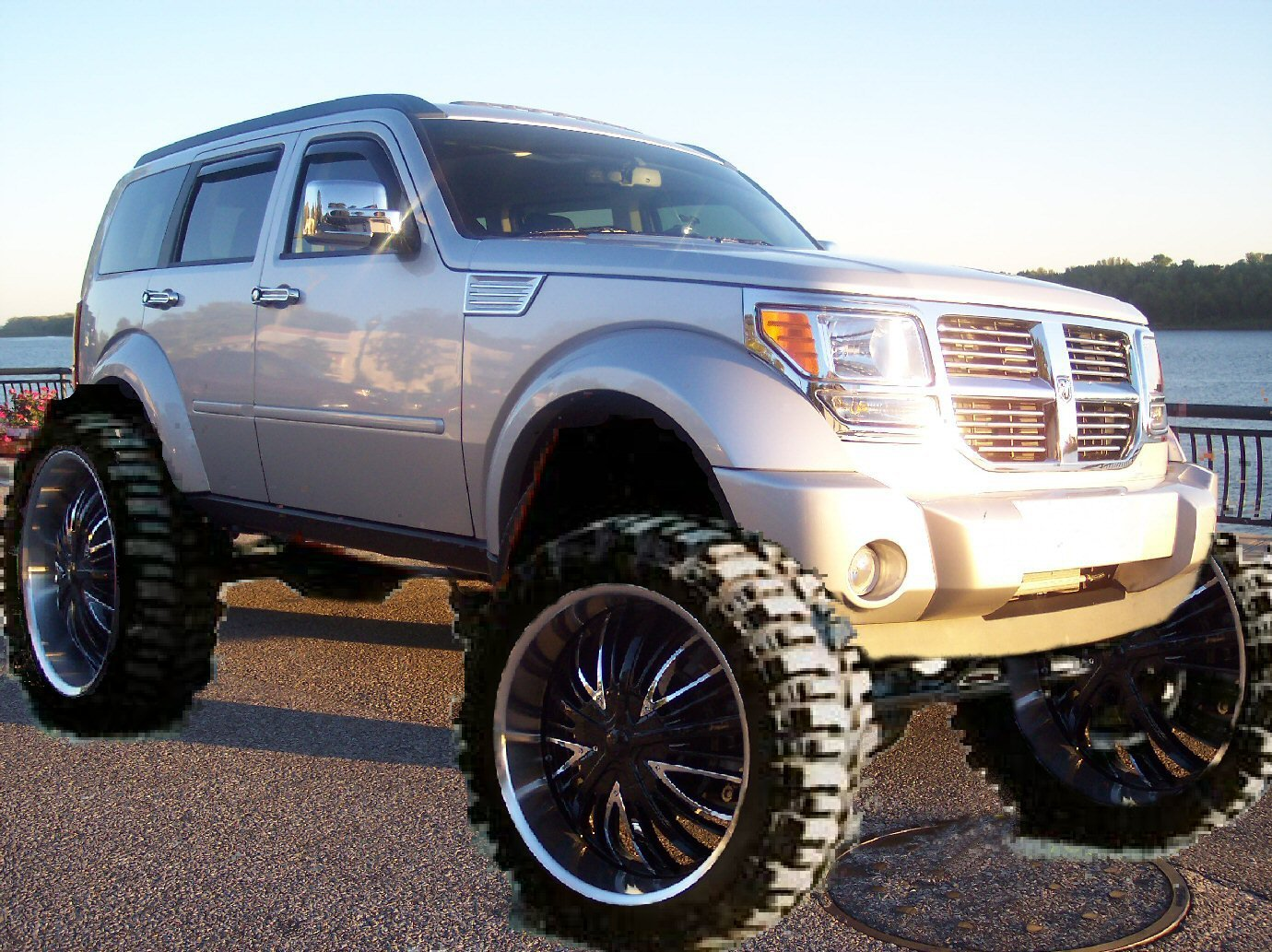 Nitro Photoshoped Lift Kit 40 Mudders On 24 Wheels Dodge Nitro Forum